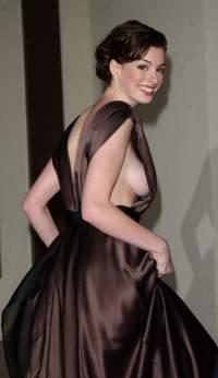 Anne Hathaway is Catwoman in The Dark Knight Rises