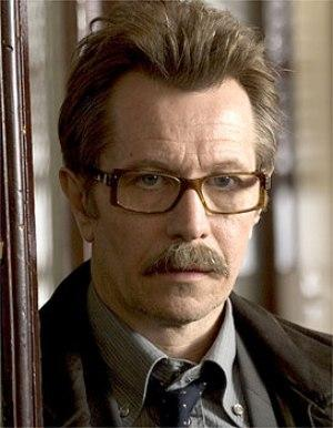 Gary Oldman is Police Commissioner Gordon in The Dark Knight Rises