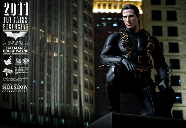 "Christian Bale Bruce Wayne/Batman from Batman Begins 12"" Figure from Hot Toys"