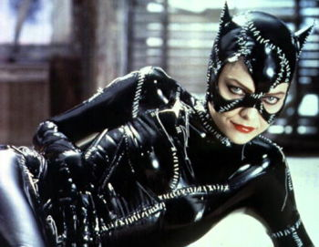 michelle-pfeiffer-catwoman-selina-kyle-batman-returns