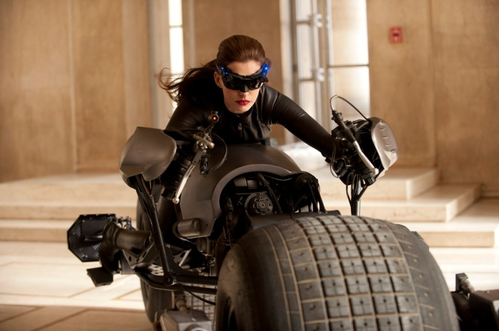 The Dark Knight Rises: Anne Hathaway as Selina Kyle - is this the Catwoman costume