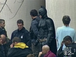 the-dark-knight-rises-christian-bale-on-location-as-batman-in-batsuit-pittsburgh