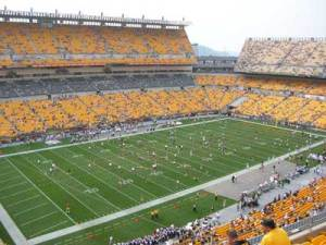The Dark Knight Rises Heinz FIeld location shooting The Gotham Rogues Game Day tweet to @thegothamrogues