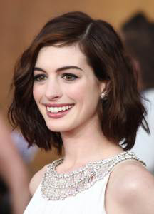 the-dark-knight-rises-anne-hathaway-to-star-in-new-romcom