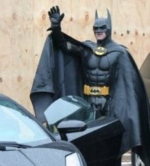 batman_of_batmobile_bust_a_real_hero