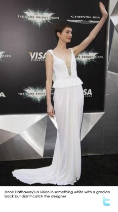 anne-hathaway-stunning-in-white-at-new-york-premiere-dark-knight-rises